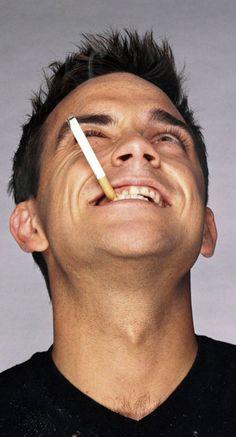 Bridget Jones Diary - Robbie Williams - Not of this Earth Robbie Williams, S Williams, Funny Celebrity Pics, Celebrity Pictures, Stoke On Trent, Thank You For Smoking, Bridget Jones, British Men, The Breakfast Club