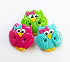 Cute little owls - set of 3 polymer clay buttons ( can be made as appliques for bows too)
