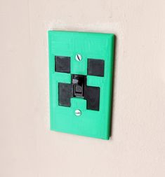Minecraft Creeper Light Switch. Perfect by GeekHouseCreations