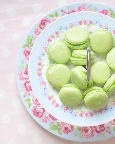 Lime macaroons