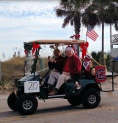 Tons of Golf Cart drivers showed their holiday spirit