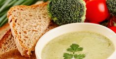 Vegan Broccoli Soup: with onion-garlic-thyme