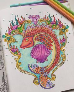 Summer fish  muy veraniego y colorido... fue rápido y muy divertido de colorear... de #tidevarv #hannakarlzon #tidevarvsummer #målarbok #coloringbookforadults #coloringbook #colouringbookforadults #watercolorpencils #coloredpencil #colourpencil #colorterapia #arteterapia #wonderfulcoloring #bayan_boyan