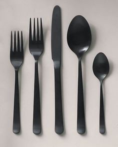 Graphite black cutlery for an edgy look