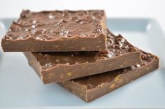 Milk Chocolate Honey Comb Bark is made by crushing our airy honey comb and mixing it with milk chocolate.