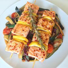 Zucchini, Pasta Salad, Ethnic Recipes, Instagram, Food, Roasts, Meal, Essen, Cold Noodle Salads