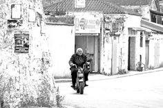 Crete Go Greek, Crete Greece, Greek Islands, Beautiful Images, Spaces, Black And White, Travel, Greek Isles, Viajes