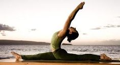 Which yoga for weight loss. Weight reduction with yoga. Weight reduction is a thing that lots of people dream of. But fantasizing will not melt away any calories so you need to get up and do something. Yoga Routine, Pranayama Benefits, 15 Minute Morning Yoga, Fitness Tips, Yoga Fitness, Yoga Positionen, True Yoga, Calisthenics Workout, Relaxation Techniques