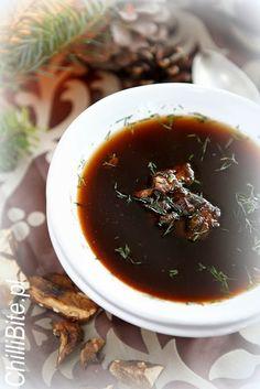wigilijna zupa grzybowa czysta