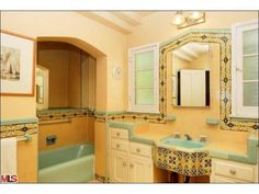 24 Ideas Bathroom Vintage Style Art Deco For 2019 Spanish Style Bathrooms, Bathroom Styling, Spanish Revival Bathroom, Vintage Bathrooms, Vintage Bathroom, Trendy Bathroom, Bathrooms Remodel, Mediterranean Home Decor, Bathroom Vintage Style