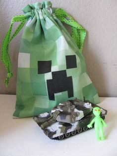 Minecraft Creeper drawstring bag. -   HEY !!!!  For more really cool minecraft stuff check out http://minecraftfamily.com/