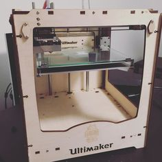 Took just about 11 hours but the new printer is finally printing. Welcome to the family! #3dprinting #ultimaker by kadows