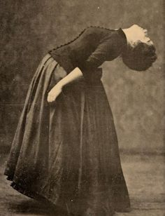 hysteria - It was a catch-all term for century women having emotional problems of every description, and was often just a fabrication! Vintage Photographs, Vintage Photos, Victorian Photos, Victorian Era, Old Pictures, Old Photos, Melencolia I, Images Terrifiantes, Mental Asylum