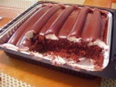 Sanders' Chocolate Bumpy Cake HAVE to experience at least once in ur life!! You will LOVE