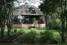 Wood dome. Source: frommoontomoon.blogspot.com.au