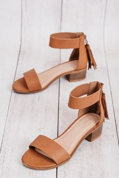city classified women's dark tan briefly leather tassled zipper ankle strap sandals