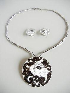 Margot de Taxco Mexico Sterling Enamel Necklace Earrings