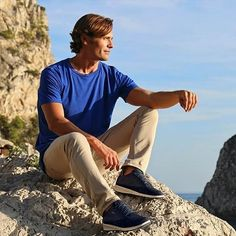 The Aerantis sneaker from is one of our best sellers for him this season so far! Extremely comfortable and breathable, they will be his new go-to. Best Sellers, Fall Winter, Hipster, Seasons, Mens Fashion, Navy, Sneakers, Hot, Mens Tops