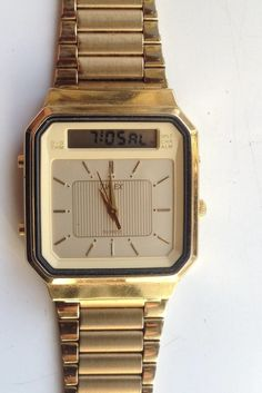 AUCTIONS ENDING ON WEDNESDAY 12 NOVEMBER FROM 8pm NEW AUCTIONS STARTING FROM 8pm.........MENS TIMEX DUAL DISPLAY CHRONOGRAPH MULTI FUNCTION GOLD TONE QUARTZ WATCH