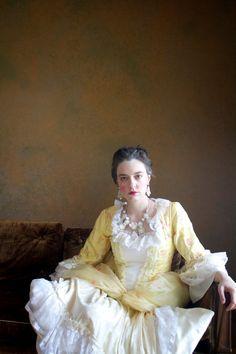 handmade-bridal-statement-earring and necklace set via The Last Roe Etsy shop #lastroe #etsy
