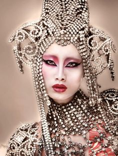 Jewelled Headpiece and Accessories. Major sparkle factor. Glorious Bling.