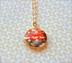 The Color Study II Mini Locket - Vintage - Gold via Verabel - Etsy #Locket #Gold #Etsy #Verabel