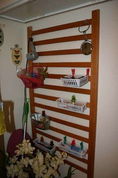 Crib rail into craft storage! Crib Rail, Old Baby Cribs, Craft Room, Bathroom Organisation, Cribs, Baby Cribs, Cribs Repurpose, Baby Crib Diy, Repurposed Furniture