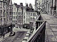 Another shot of Victoria street. Hard to believe we used to live right around the corner. Walked by here as a short-cut when we were carrying groceries from Tesco. *sigh*