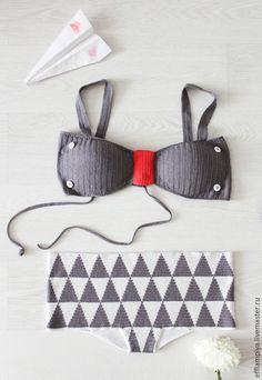 """Купить Вязаный купальник """"Swag & Hug"""" - серый, геометрия, треугольник, треугольники, коралловый, купальник"""