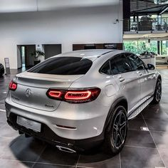 Benz Suv, Mercedes Benz Coupe, Best Luxury Cars, Luxury Suv, 3008 Peugeot, Peugeot 206, Lamborghini, Ferrari Car, Bentley Continental Gt Speed
