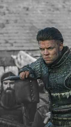 ivar the boneless wallpaper / ivar the boneless & ivar the boneless wallpaper & ivar the boneless season 6 & ivar the boneless quotes & ivar the boneless gif & ivar the boneless imagine & ivar the boneless aesthetic & ivar the boneless tattoo Sons Of Ragnar, King Ragnar, Ivar Vikings, Viking Pictures, Viking Wallpaper, Vikings Travis Fimmel, Gustaf Skarsgard, Viking Series, Ivar The Boneless