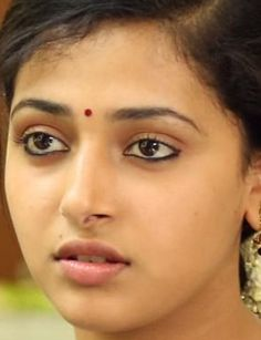 Beautiful Lips, Beautiful Girl Indian, Most Beautiful Indian Actress, Beautiful Actresses, Indian Eyes, Indian Face, Beauty Quotes For Women, Beauty Women, Makeup Drawing