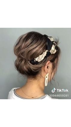 braided hairstyles hairstyles for long hair hairstyles hairstyles tutorial hairstyles for 12 year olds hairstyles half up hairstyles going back with weave hairstyles Scarf Hairstyles, Braided Hairstyles, Updos Hairstyle, Hairstyles With Headbands, Bandana Hairstyles Short, Hairstyles Videos, Short Hair Updo, Curly Hair Styles, Style Short Hair