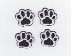 4 CUTE LITTLE DOG CAT PAW PRINT IRON ON MACHINE EMBROIDERED APPLIQUE PATCH