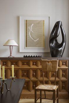 A Parisian collectors apartment 7