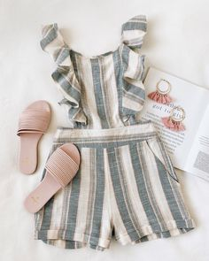 Warm summer nights call for cute one-pieces likes the Z Supply Sammy Ivory Striped Backless Romper! Cute Casual Outfits, Cute Summer Outfits, Outfits For Teens, Pretty Outfits, Spring Outfits, Cute Rompers, Ootd, Fashion Outfits, Clothes For Women
