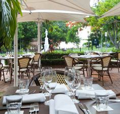 Dine at the lovely Sassi Cucina overlooking the Inlet at Port Douglas. Holiday Accommodation, Luxury Holidays, Best Places To Eat, Holiday Destinations, Cool Things To Make, The Good Place, Restaurant, Patio, Bar