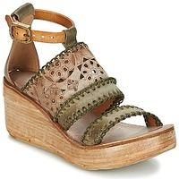 Airstep / A.S.98 NOA Kaki - Livraison Gratuite avec Spartoo.com ! - Chaussures Sandale Femme 146,30 €