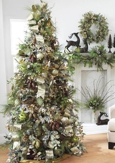 green and gold christmas trees | 2011 Christmas Decor Trends: Silver and Green - Fancy House Road