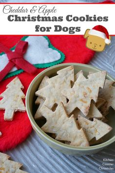 Cheddar and Apple Dog Christmas Cookies - Bake up a batch of these dog biscuits. Using ingredients that are safe and healthy for dogs (rice flour and no sugar or salt). A fun way to show your love for your four footed friends. Homemade Dog Cookies, Homemade Dog Food, Cookies For Dogs, Homemade Ketchup, Homemade Gifts, Diy Dog Treats, Healthy Dog Treats, Dog Biscuit Recipes, Dog Food Recipes
