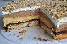 Recepti i Ideje: Monte torta – Čisto oduševljenje! Delicious Desserts, Dessert Recipes, Yummy Food, Kolaci I Torte, Croatian Recipes, Russian Recipes, Graham Crackers, Macaroons, Food Dishes