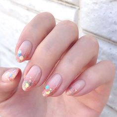 Acrylic manicure, soaked powder nails and gel manicure are just some of the artificial nail models that women love Acrylic nails are a kind of fake nails that are prized for their elegance and how they make a woman's hands from boring to brilliant - # Cute Nails, Pretty Nails, Opi, Essie, Hair And Nails, My Nails, Idol Nails, Glitter Nails, Nailart
