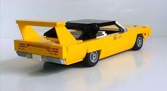 https://s3.amazonaws.com/ccco/Social_Images/Lego-70Superbird/Lego-70Superbird4.jpg