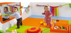 Kinderdagverblijf 0/3 jaar Church Nursery, Nursery Room, Baby Room, Toddler Rooms, Toddler Play, Childcare Rooms, Baby Playroom, Kids Cafe, Home Daycare
