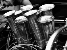 Horn section of an 8 cylinder orchestra Ducati, Automobile, Motor Engine, Dinosaur Bones, Triumph, Light My Fire, Detail Art, Motor Parts, Vintage Racing