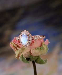 Moonstone Engagement Ring Rose Gold engagement ring Vintage Unique Wedding Oval Cut Bridal Set Milgrain Anniversary Jewelry Gift for Women Mondstein Verlobungsring Rose Gold Verlobungsring Vintage Engagement Ring Rose Gold, Classic Engagement Rings, Engagement Ring Settings, Moonstone Engagement Rings, Engagement Ring Vintage, Oval Engagement, Anniversary Jewelry, Schmuck Design, Ring Verlobung