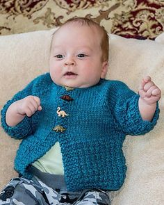 Little Avery is a classic cardigan for any boy or girl.This is knit top down, with buttons down the front.The perfect last minute shower gift. Free Baby Patterns, Knitting Patterns Boys, Knitting For Kids, Free Knitting, Free Pattern, Knitting Ideas, Knitting Yarn, Knitting Projects, Free Crochet