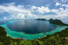 Bohey Dulang au large de Bornéo : 20 lieux où voir les eaux les plus claires du monde - Linternaute