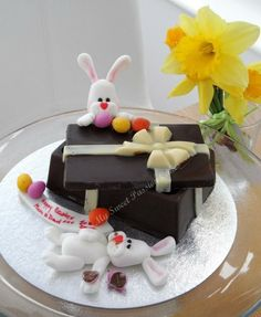 Easter animal tower - plus youtube video | Cakes & Cake Decorating ...