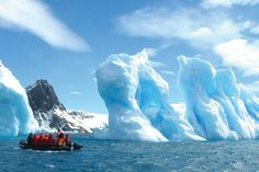 Travel Bucket List - 12 Months of Dream Vacations Antarctica Best Vacation Spots, Best Vacations, Vacation Destinations, Drake Passage, Sustainable Tourism, Places Of Interest, Antarctica, Travel Images, Places Around The World